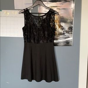 XL black dress